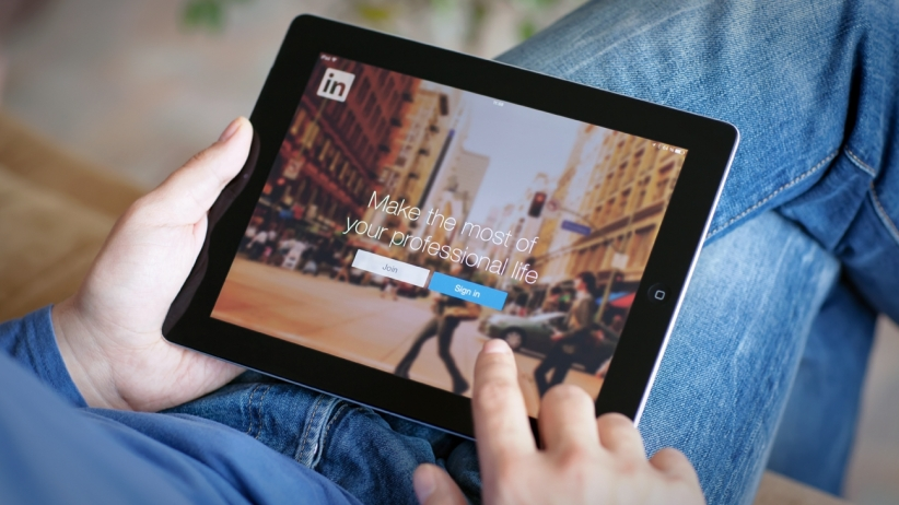 How to Find Hot Leads On LinkedIn without Breaking a Sweat?